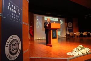 جامعة إسطنبول أيدن
