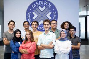 جامعة إسطنبول ميديبول
