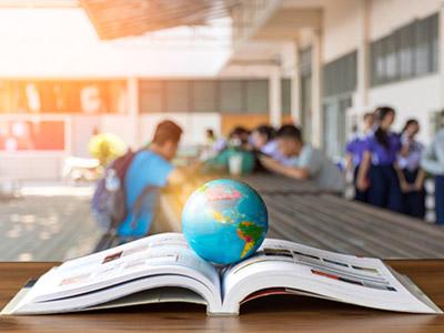 الجامعات حول العالم